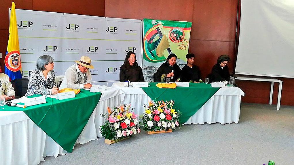 Organizaciones sociales entregan informes a la JEP